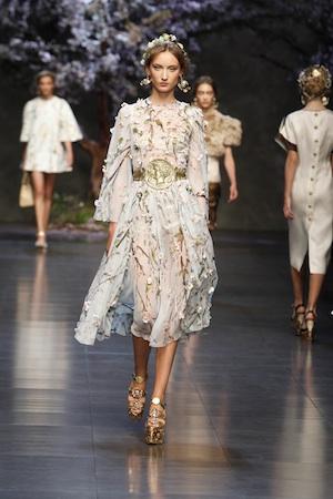 Dolce & Gabbana Sommer, spitze, weiss, 50er Look, Statement piece